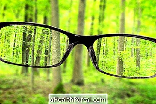 a myopia okozhat fejfájást?