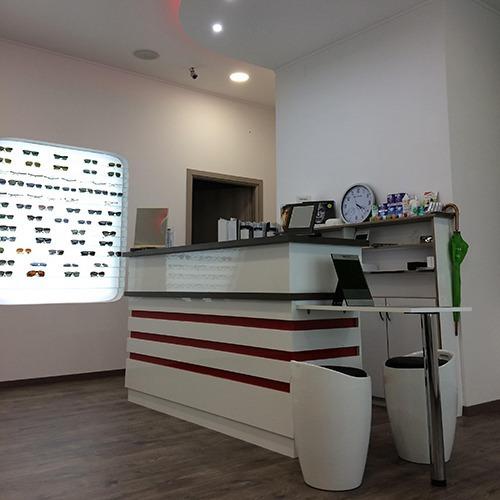 Látásvizsgálat, kontaktlencse, szemüveg, szemüvegkészítés, szemüvegjavítás