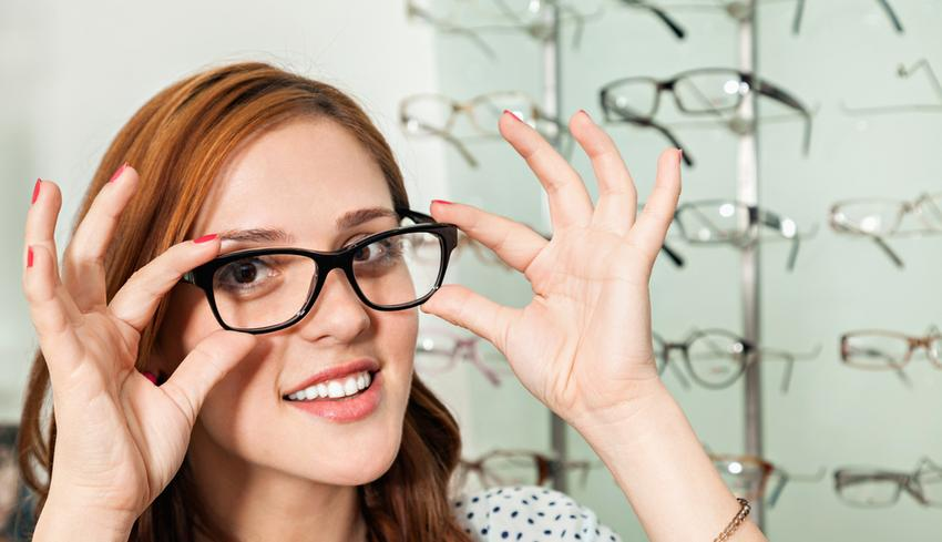 szemhúzás rövidlátás miatt női látásvizsgálati diagram